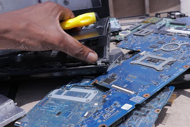 טכנאי מחשבים ברחובות